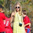 Ava, la fille de Reese Witherspoon et Ryan Phillippe en 2012 lors du match de foot de son frère Deacon