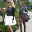 Reese Witherspoon emmène sa fille Ava Phillippe chez le coiffeur à West Hollywood, le 23 avril 2015