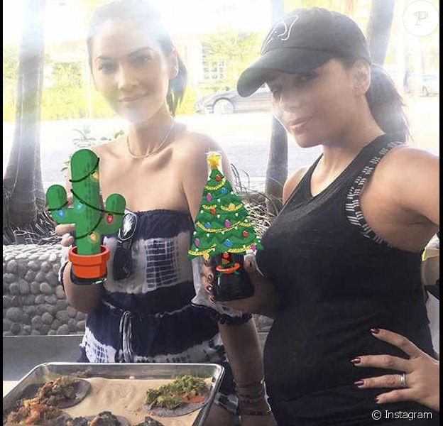 Olivia Munn et Eva Longoria (enceinte) fêtant Noël à Miami le 25 décembre 2017