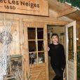 """Mathilde Seigner - Inauguration du """"Chalet les Neiges 1850"""" sur la terrasse de l'Hôtel Barrière Le Fouquet's à Paris le 27 novembre 2017. Lors de la soirée une partie de Boboules a été organisée. © Coadic Guirec/Bestimage"""