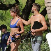 Taylor Hill : Sirène craquante en bikini, avec son chéri