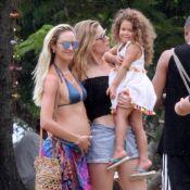 Candice Swanepoel, enceinte : En vacances avec Doutzen Kroes