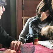 Carla Bruni avec ses enfants Aurélien et Giulia : Une photo rare et magnifique !
