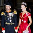 Le prince Frederik et la princesse Mary de Danemark lors de la réception du Nouvel An au palais Amalienborg à Copenhague le 1er janvier 2018