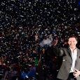 """Hugh Jackman fait le show pendant la première de """"The Greatest Showman"""" à Paris, le 17 janvier 2018. © Guirec Coadic/Bestimage"""