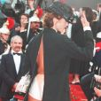 """VICTORIA ABRIL"" MONTEE DES MARCHES 50EME ANNIVERSAIRE FESTIVAL DE CANNES 1997 FILM ""THE END OF VIOLENCE"" ""PLEIN PIED"" SEXY12/05/1997"