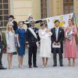 Victor Magnuson, Cajsa Larsson, Lina Frejd, Jan-Ake Hansson, la princesse Victoria de Suède et son fils le prince Oscar lors du baptême du prince Alexander de Suède au palais Drottningholm à Stockholm le 9 septembre 2016