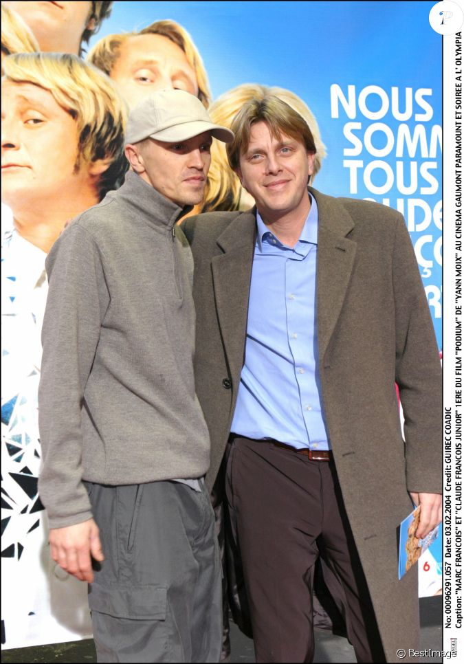 marc fran ois et claude fran ois junior la premi re du film podium paris en f vrier 2004. Black Bedroom Furniture Sets. Home Design Ideas