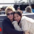 """Véronique Jannot émue par le message d'amour de sa fille adoptive, Migmar, dans """"Vivement Dimanche"""" sur France 2, le 29 novembre 2015."""