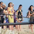 Jessica Stroup, AnnaLynne McCord, Jessica Lowndes et Shenae Grimes sur le tournage de la série 90210 à Huntington Beach le 8 août 2012