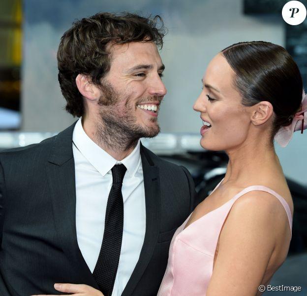 """Sam Claflin et sa femme Laura Haddock - Première du film """"Transformers: The Last Knight"""" à Londres le 18 juin 2017."""