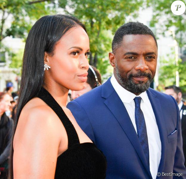 "Idris Elba et sa femme Sabrina Dhowre à la première de ""The Mountain Between Us"" au Toronto International Film Festival 2017 (TIFF), le 10 septembre 2017. © Igor Vidyashev via Zuma Press/Bestimage"