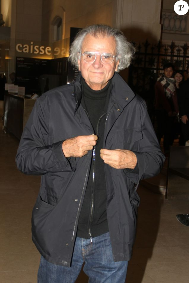 Patrick Demarchelier à la sortie de la soirée Louis Vuitton au restaurant Le Saut Du Loup à Paris, France, le 7 mars 20117. © Philippe Baldini/Bestimage  No Web No Blog pour la Belgique et la Suisse Celebs are seen leaving the Louis Vuitton event at Le Saut Du Loup restaurant in Paris, France, on March 7, 2017.07/03/2017 - Paris