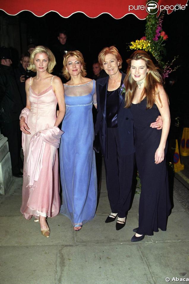 Joely et Natasha Richardson, au côté de leur mère, Vanessa Redgrave