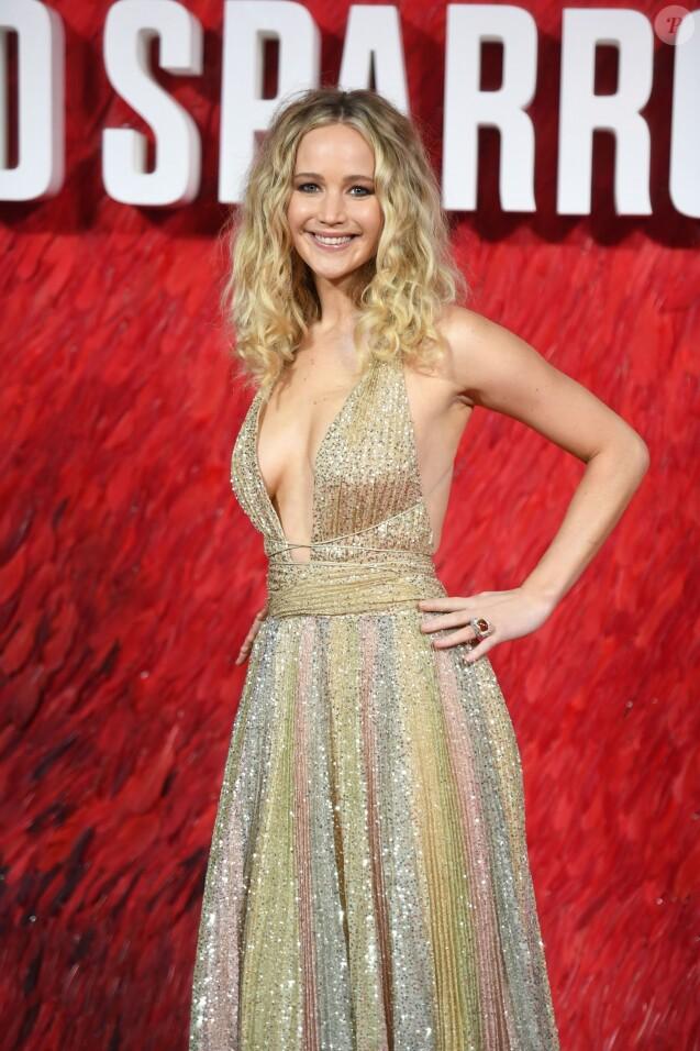 """Jennifer Lawrence à la première de """"Red Sparrow"""" au cinéma Vue West à Londres, le 19 février 2018."""