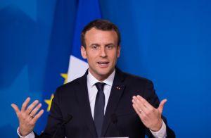 Emmanuel Macron prêt à jouer au théâtre face à Brigitte Macron !