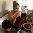 Jennifer Lopez et ses enfants Max et Emme. Octobre 2017.