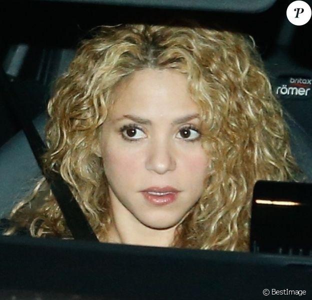 Shakira va fêter son 41ème anniversaire et le 31ème anniversaire de son compagnon le défenseur du FC Barcelone, Gerard Pique, avec des amis et de la famille à leur domicile à Barcelone. Le 2 février 2018.