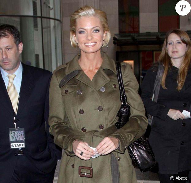 Jaime Pressly arrive aux studios de la NBC, le 19 mars 2009