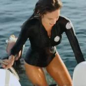 Ophélie Meunier : L'animatrice joue les sirènes en maillot avec les dauphins
