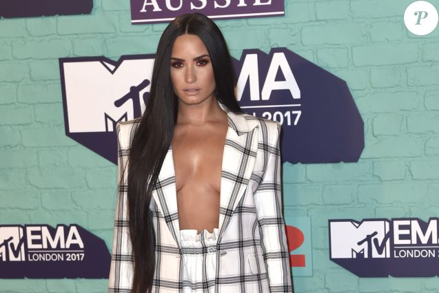 Demi Lovato - Soirée des 24ème MTV Europe Music Awards à la salle SSE Wembley Arena à Londres, le 12 novembre 2017.