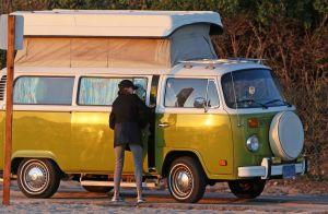 Teri Hatcher : Ruinée et logée dans un van ? Elle met les choses au clair...