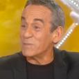"""Julien Clerc invité dans """"Salut les terriens"""", samedi 10 mars 2018, C8"""