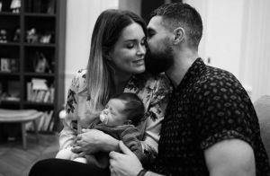 Jeny Priez et Luka Karabatic comblés par leur fille Deva, qui a déjà bien changé