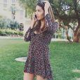 Chloé Mortaud au téléphone à Henderson, Nevada, où elle habite. Instagram, 24 mars 2017.