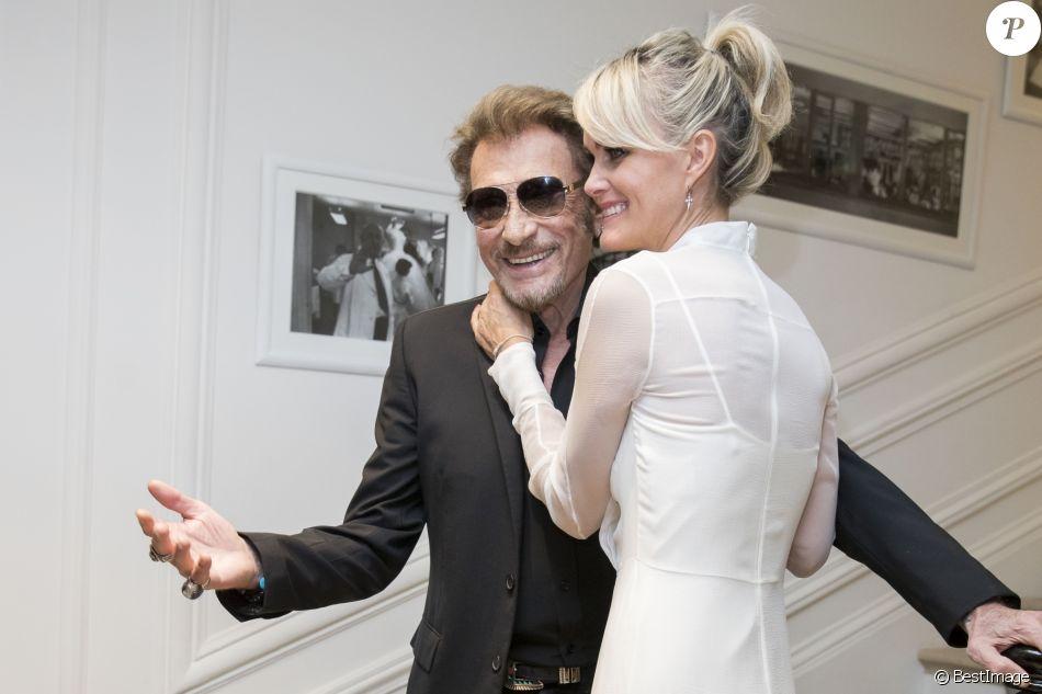 """Johnny Hallyday et sa femme Laeticia Hallyday - People au défilé de mode Haute-Couture automne-hiver 2016/2017 """"Christian Dior"""" à Paris. Le 4 juillet 2016 © Olivier Borde / Bestimage"""