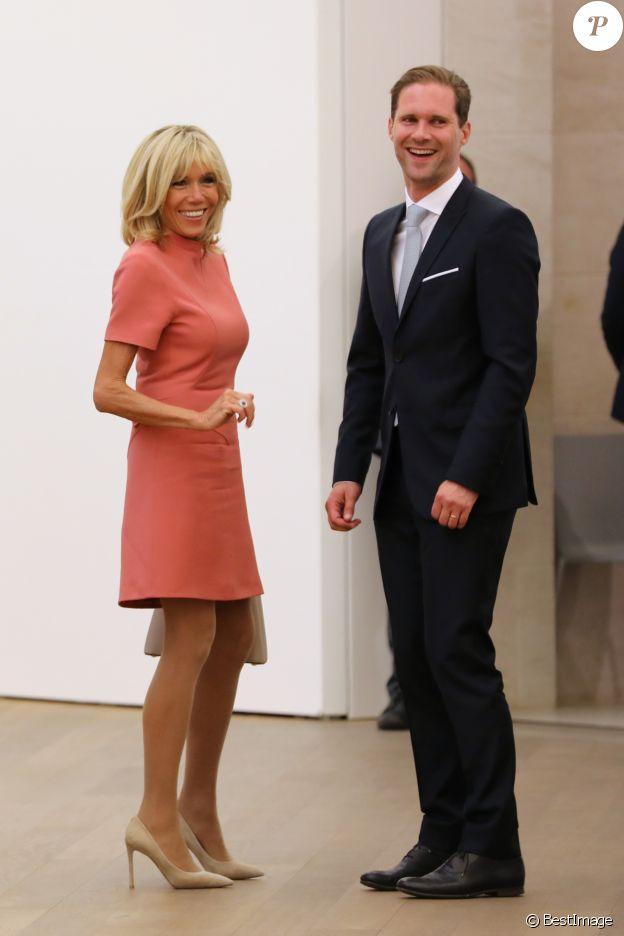 Brigitte Macron et Gauthier Destenay (mari de Xavier Bettel, le premier ministre du Luxembourg) - Visite du musée d'art moderne Grand-Duc Jean (MUDAM) à Luxembourg, le 29 août 2017.