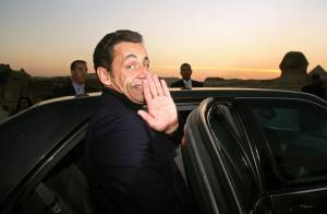 Mariage de Nicolas Sarkozy et Carla Bruni : le Président ne confirme pas plus qu'il ne dément...