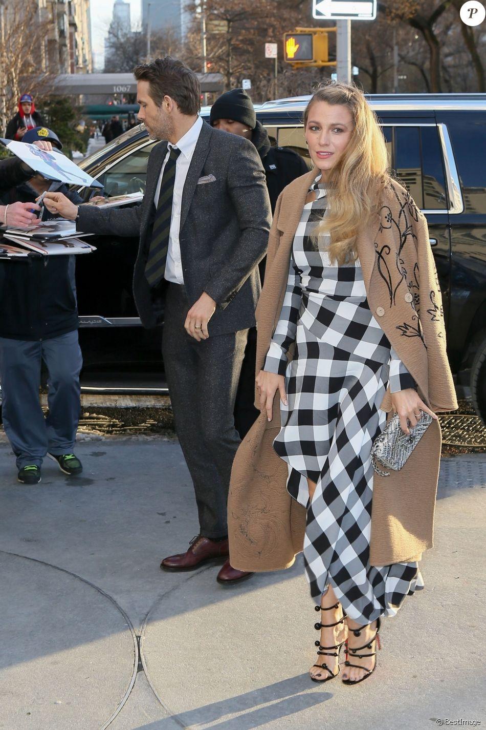 Blake Lively et son mari Ryan Reynolds arrivent à la première de 'Final Portrait' au musée Solomon R. Guggenheim à New York, le 22 mars 2018.
