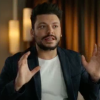 Kev Adams, son sketch et sa blague sur Iris :
