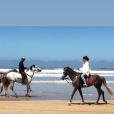 Pauline Ducruet fait du cheval sur la plage à Essaouira au Maroc après l'arrivée du Rallye Aïcha des Gazelles, image extraite de sa story Instagram du 3 avril 2018.