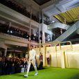 Stromae, sa femme Coralie Barbier (enceinte) et son frère Luc Junior Tam (directeur artistique) sont venus présenter au Bon Marché la 5 ème collection deq vêtements de leur marque Moseart. Une collection unisexe dont les imprimés s'inspirent de l'art déco et de l'art nouveau qui ont façonné Bruxelles où ils vivent. Ils proposent également une ligne dédiée à la maison. Paris le 6 avril 2018