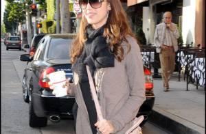 Jessica Alba : encore un nouveau look... elle s'est fait pousser les cheveux !
