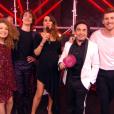 """Karine Ferri enceinte et entourée de Talents - finale de """"The Voice 7"""", samedi 5 mai, sur TF1"""