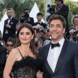 "Penélope Cruz et Javier Bardem - Montée des marches du film ""Everybody Knows"" lors de la cérémonie d'ouverture du 71e Festival International du Film de Cannes. Le 8 mai 2018 © Borde-Jacovides-Moreau/Bestimage"