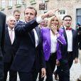 Le Président de la République Emmanuel Macron et la première dame Brigitte Macron (Trogneux) arrivent à la cathédrale d'Aix-la-Chapelle en Allemagne à l'occasion de la remise du prix Charlemagne le 9 mai 2018. © Stéphane Lemouton/Bestimage