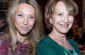 Nathalie Baye : Touchante complicité avec Laura Smet pour un dîner entre amis