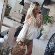 Cindy des Ch'tis à Mykonos radieuse avec son baby bump sur Instagram, mai 2018.
