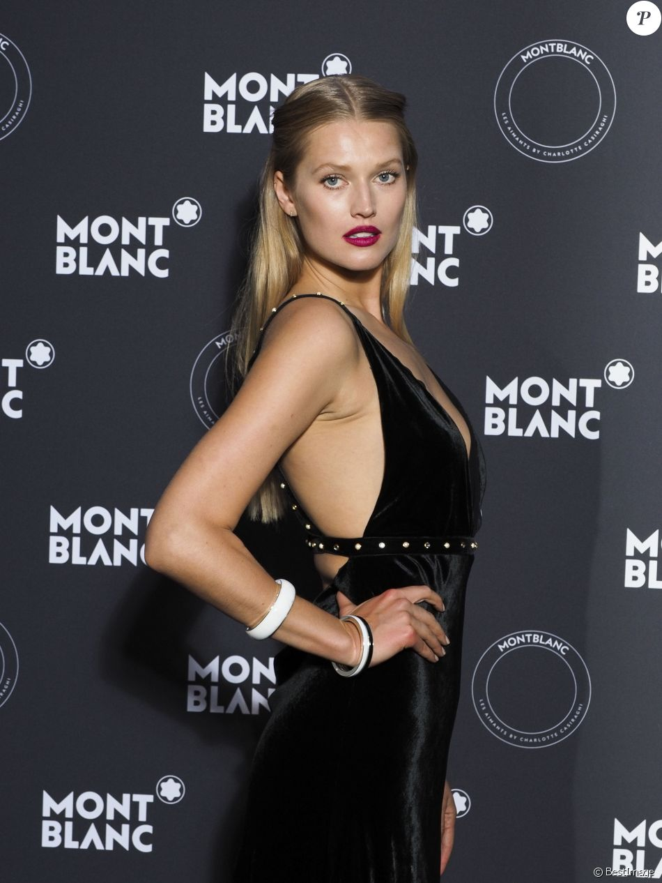 ICloud Toni Garrn nude (69 foto and video), Topless, Leaked, Feet, butt 2017