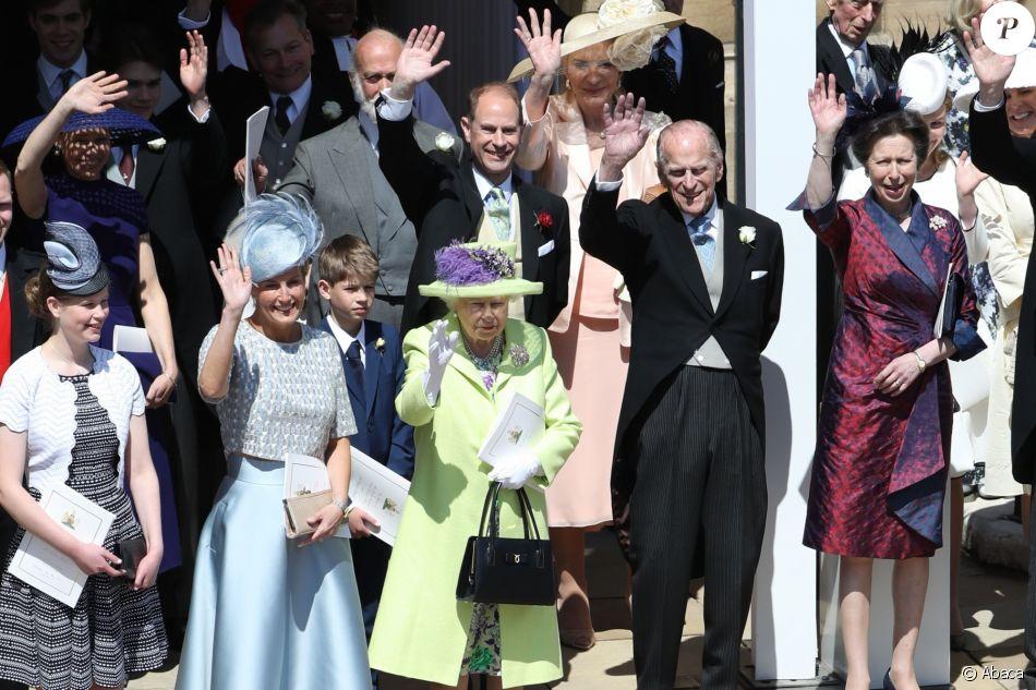 La reine Elizabeth II, le duc d\u0027Edimbourg et la famille royale au mariage  du prince Harry et de Meghan Markle le 19 mai 2018 à Windsor.