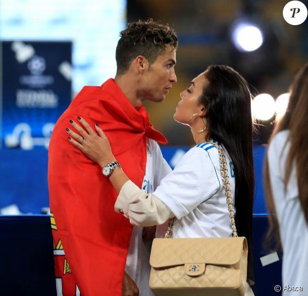 Cristiano Ronaldo et sa compagne Georgina Rodriguez à Kiev lors de la finale de la Champions League. Le 26 mai 2018.
