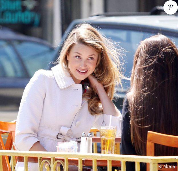 Whitney Port sur le tournage de la série The City le 9 avril 2009 à New York
