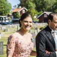 La princesse Victoria de Suède et le prince Daniel au mariage de Louise Gottlieb et Gustav Thott à Hölö au sud de Stockholm le 2 juin 2018.