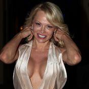 """Pamela Anderson """"in love"""" d'Adil Rami : Ce qui l'a séduite chez le footballeur"""