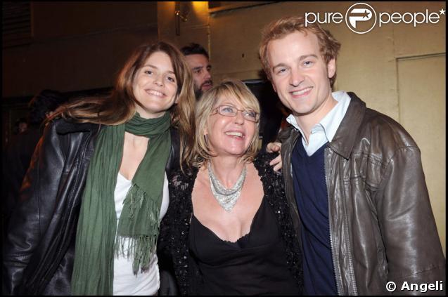 Alice Taglioni et Jocelyn Quivrin au Réservoir, pour fêter l'anniversaire de Françoise Ménidrey, le 10 avril 2009
