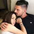 Manon Marsault, très enceinte et fatiguée, et Julien tanti le 10 mai 2018.